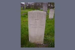 Gravestone of Albert W Gray