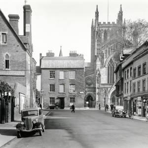 King Street looking east, before demolition of Broad Street houses