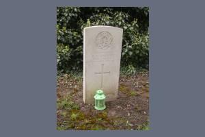 Gravestone of Randal C Gardner