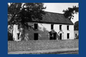Lower Morden Farm: Cottages prior to demolition