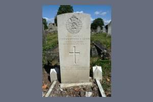 Gravestone of Stephen Spurrell Groom