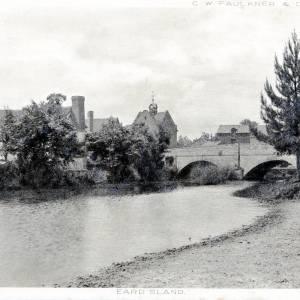 Eardisland, postcard, bridge & dovecote, 1904