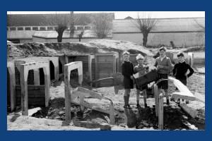 Nelson Gardens, Merton: Children playing in former air raid shelters