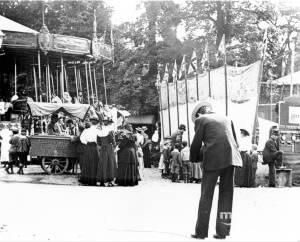 Charles Matthews photographing Mitcham Fair